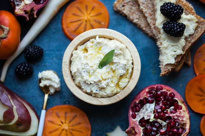 CREAMY Almond Ricotta - the BEST vegan ricotta recipe - easy - healthy - paleo - only 6 ingredients!